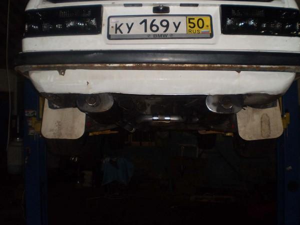 Глушитель на BMW E30 1991